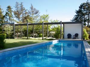 Arkitektens trädgård i Falsterbo- på besök i en fulländad trädgårdspärla!