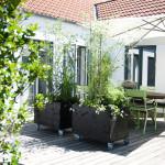 Nytt projekt på altanen- rullande planteringar!