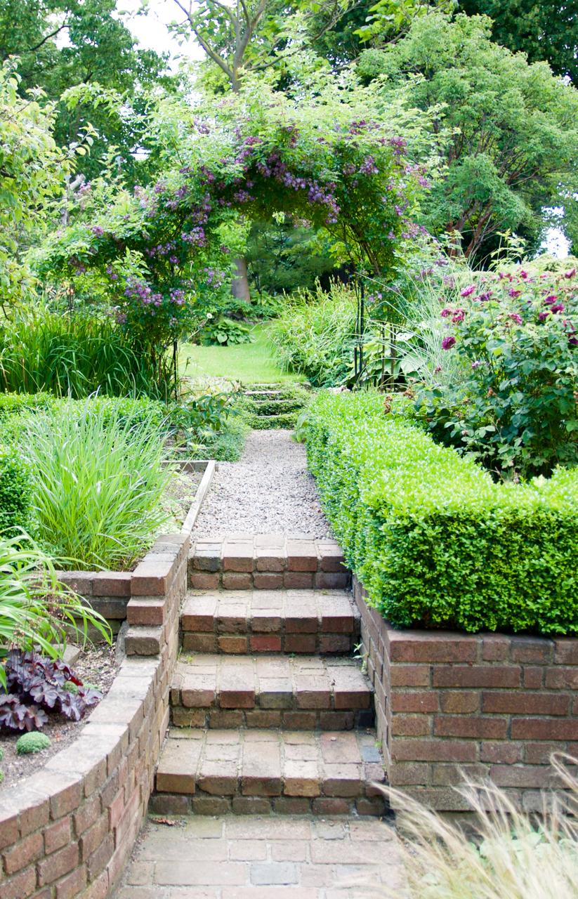 Ett efterlängtat besök i en ljuvlig ramlösaträdgård.   arkitektens ...
