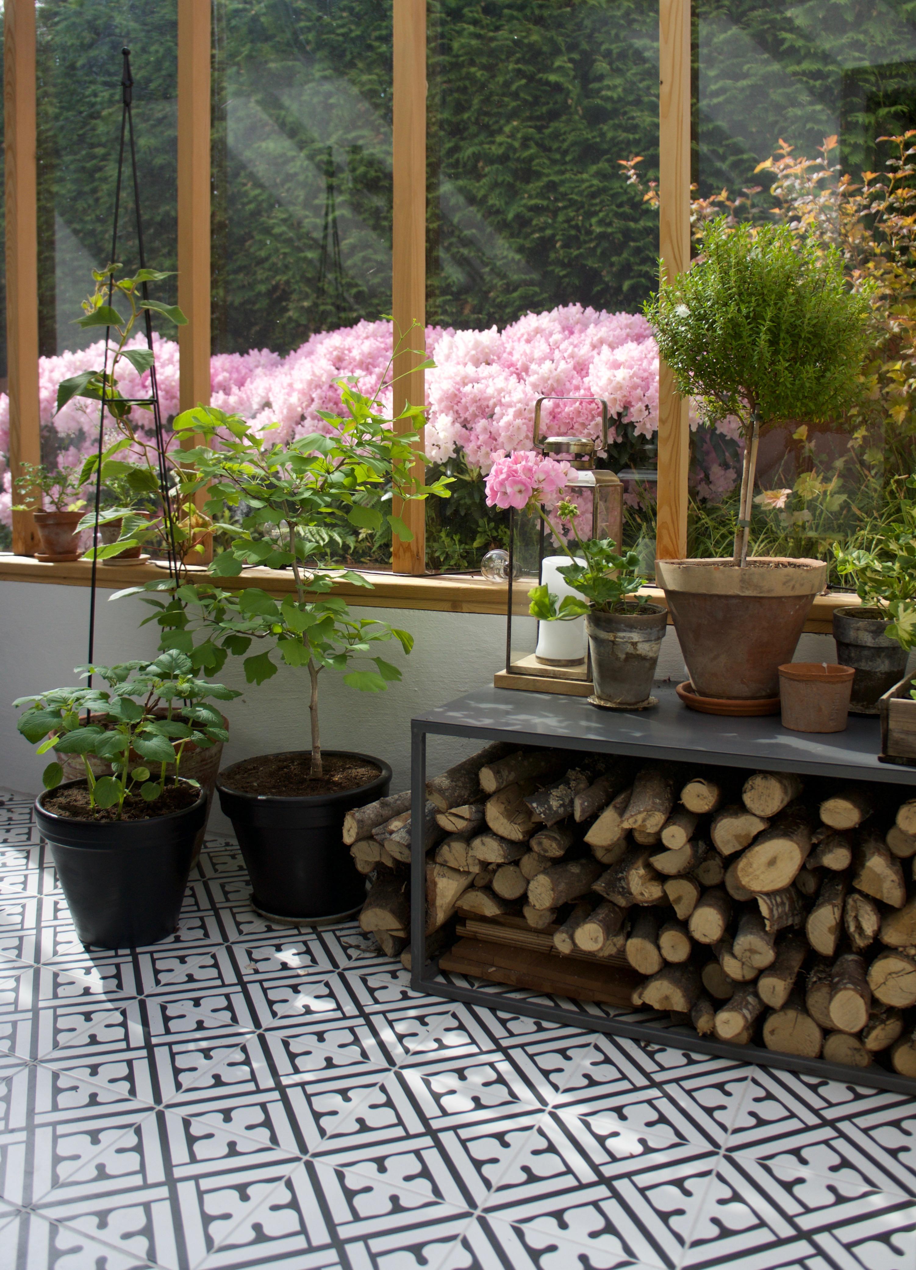 93c23bdba Orangeriet i vårskrud - Arkitektens Trädgård